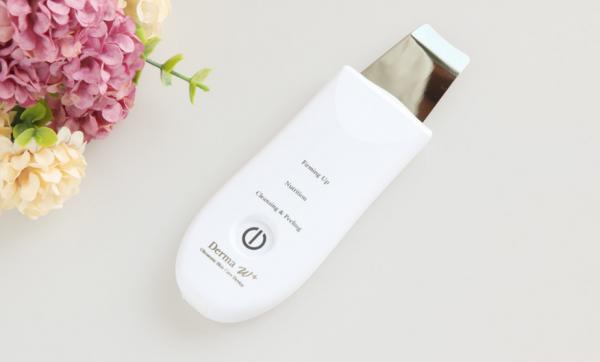 DERMA W+ Ultrasonic Skin Peeling Device 1
